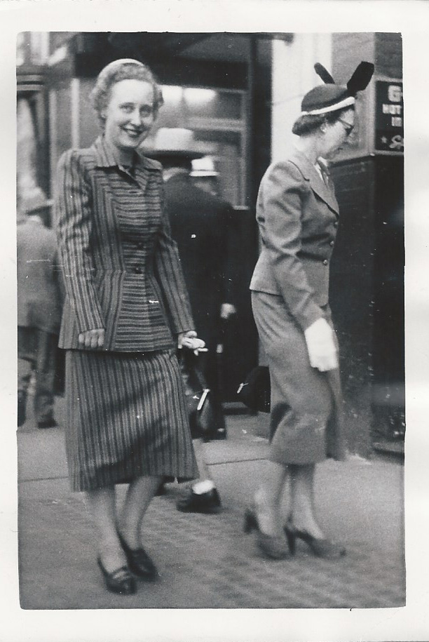 Career woman 1940s