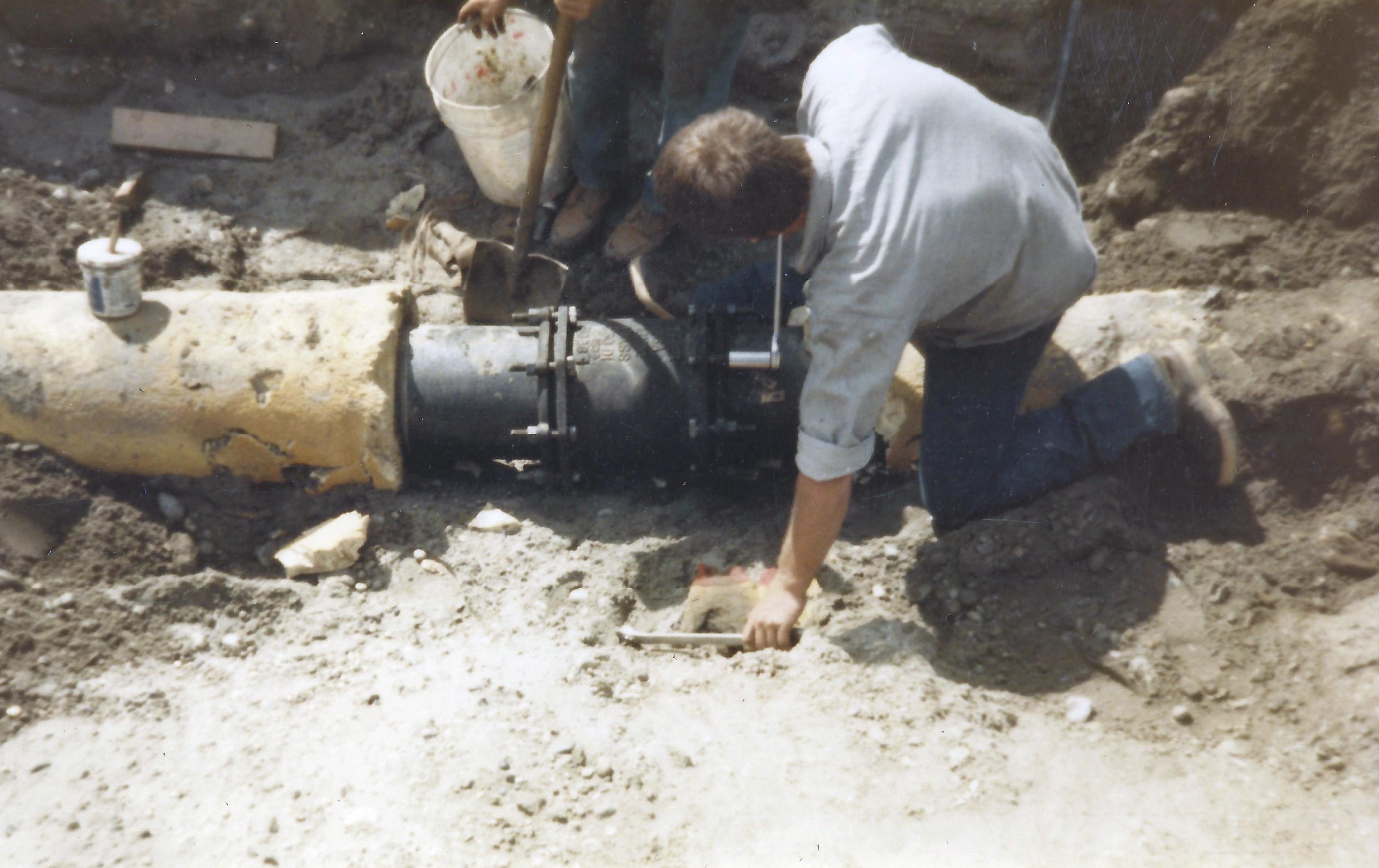 scott laying pipe 2